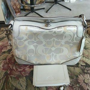 Handbags - Coach Chelsea handbag